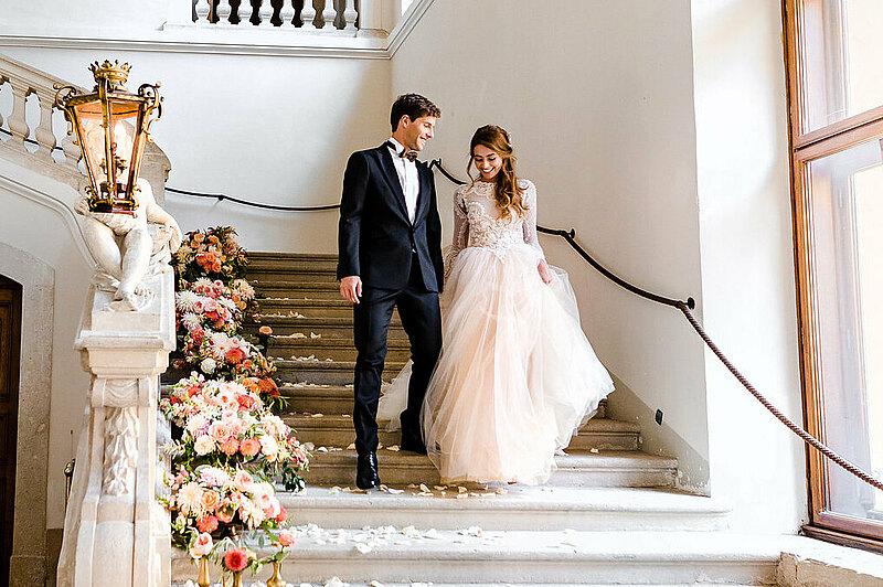 Wedding couple at Schloss Eckartsau